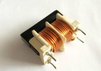 电感厂家提供汽车使用的高品质UU共模电感